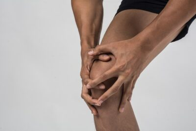 best doctor for knee pain in pune